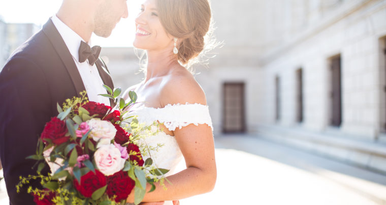 St. Louis Wedding Photographer | Little Flower Catholic Church | the Franklin Room