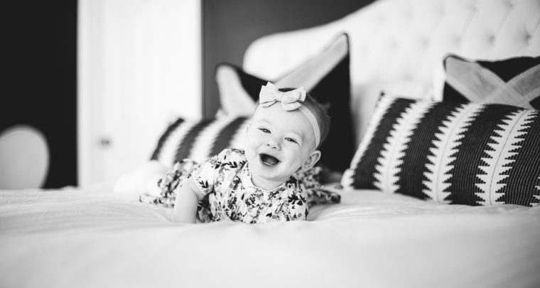 St. Louis Baby Photography | In Home Family Photographer