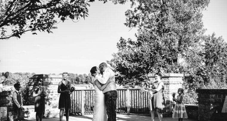 St. Louis Wedding Photography | Cliff Cave Park