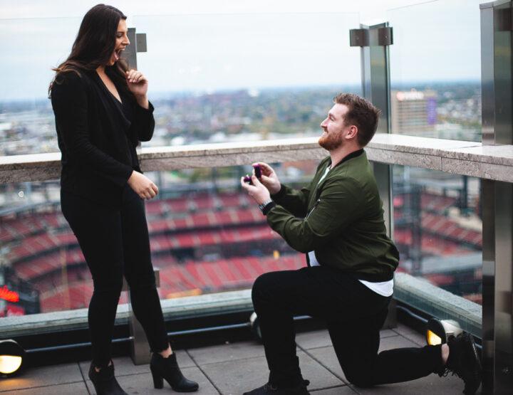 St. Louis Proposal Photography | 360 | Downtown