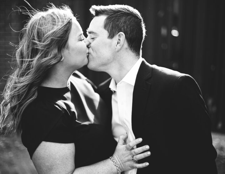 St. Louis Engagement Photography | Downtown | Arch